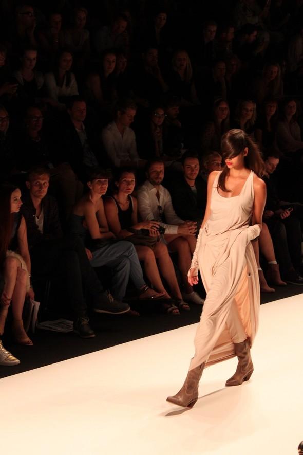 Показ A.F.Vandevorst на Неделе моды в Берлине. Изображение № 42.