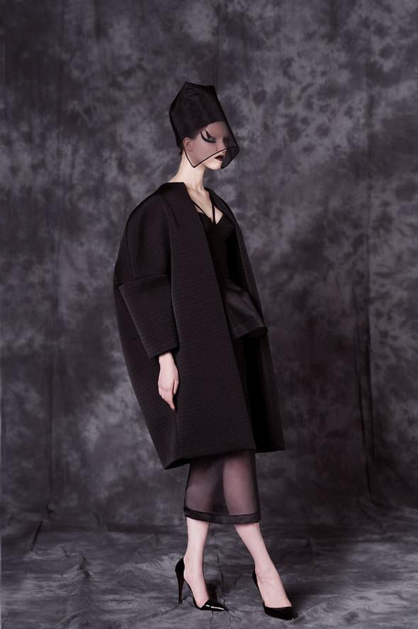 Фотограф: Aydan Kerimli; стиль: Bohemique; макияж: Андрей Шилков; волосы: Наталья Коваленкова; модель: Саша Лусс.. Изображение № 9.