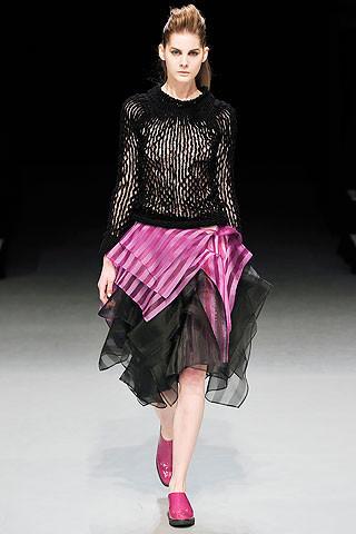 Деконструктивизм в дизайне одежды. Изображение № 5.