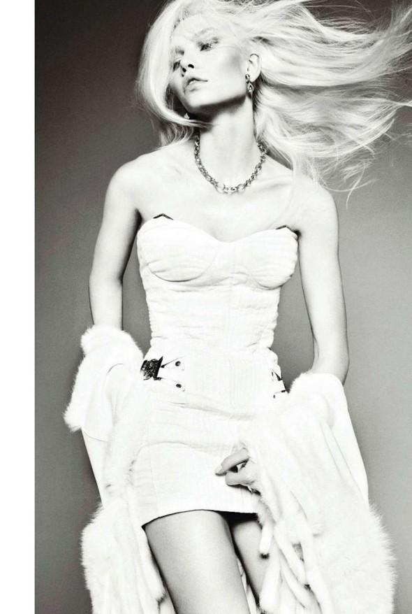 Съёмка: Алин Вебер для Harper's Bazaar. Изображение № 7.
