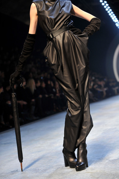 Jean Paul Gaultier for Hermes (fall-winter 2010). Изображение № 6.
