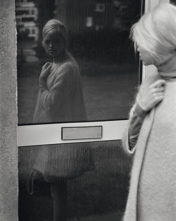 Съёмка: Аризона Мьюз и Дафне Гренвельд для Self Service. Изображение № 15.