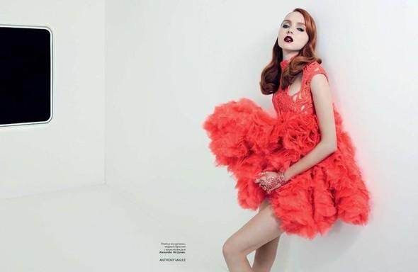 Съёмка: Лили Коул для российского Vogue. Изображение № 3.