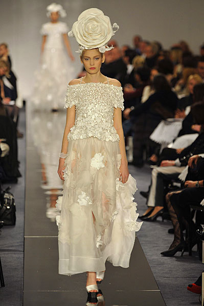 Chanel Spring 2009 Haute Couture. Изображение № 46.