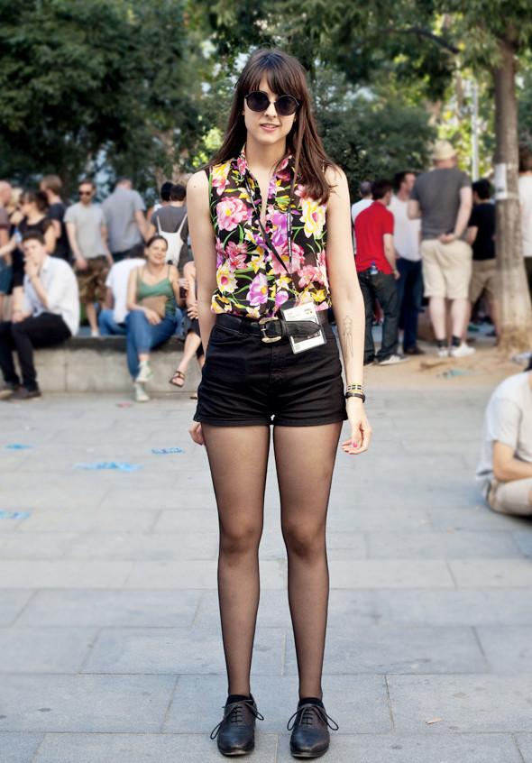 Пестрые рубашки и темные очки: Посетители фестиваля Sonar 2012. Изображение № 20.