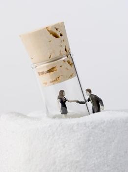 Нетрадиционный подход кфигуркам встеклянном шаре. Изображение № 48.