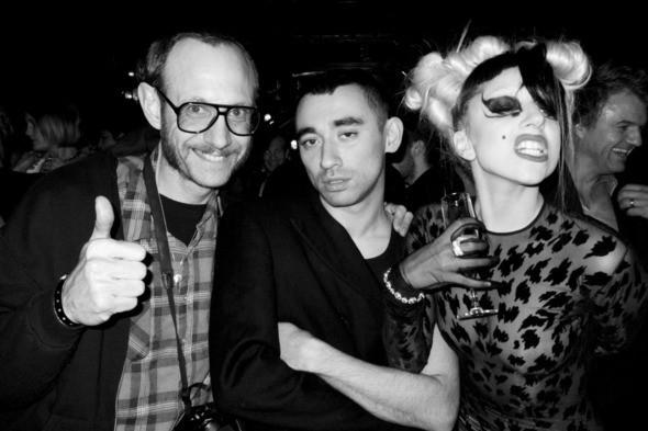Терри Ричардсон, Никола Формичетти и Леди Гага. Изображение № 17.