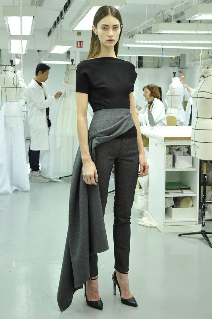 Вышли предосенние лукбуки Dior, Giles и Philosophy. Изображение № 1.