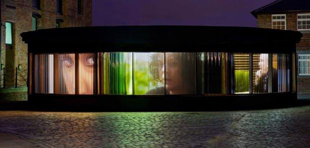 Джек Уайт, Beck, Джеймс Мёрфи и другие в новой инсталляции Дага Эйткена. Изображение № 1.