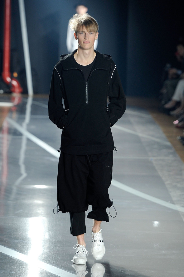 New York Fashion Week: Y-3 SS 2012. Изображение № 2.