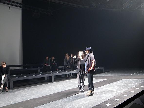 Изображение 1. Paris Fashion Week: два бэкстейджа.. Изображение № 12.