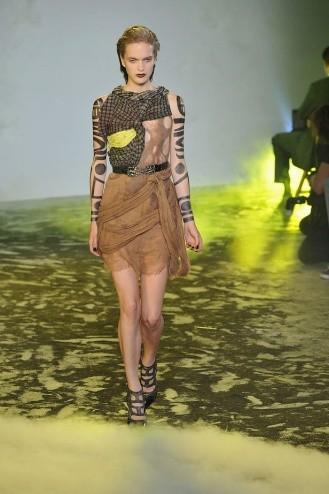 Chanel: Ходячие рекламы. Изображение № 1.