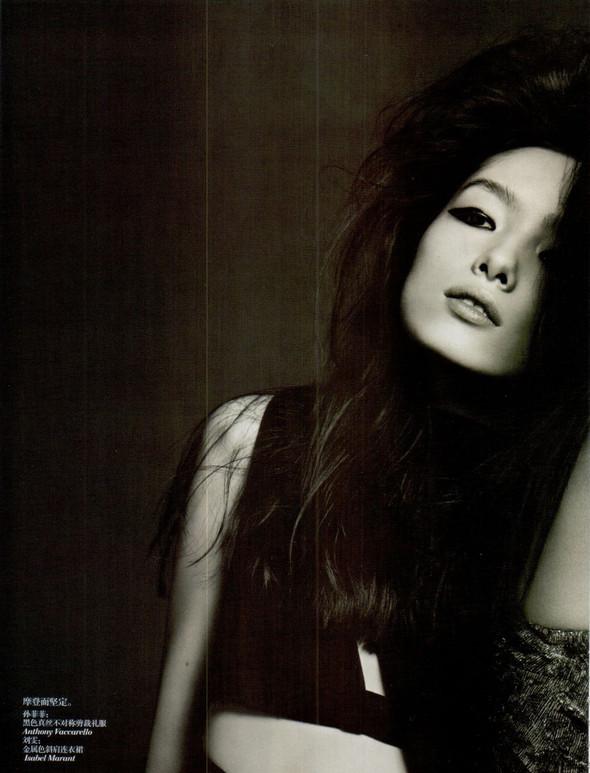 Съёмка: Лю Вэнь и Сунь Фэй Фэй для Vogue. Изображение № 5.
