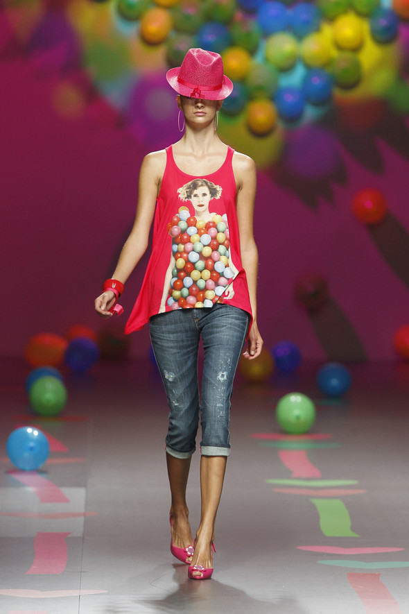Madrid Fashion Week SS 2012: Agatha Ruiz de la Prada. Изображение № 3.