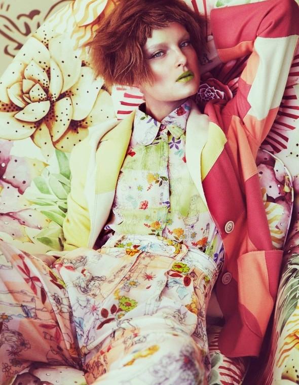 Цветные мотивы Andrew Yee. Изображение № 9.