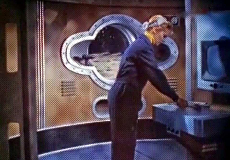 Как представляли колонизацию Луны  в СССР 60-х. Изображение № 5.