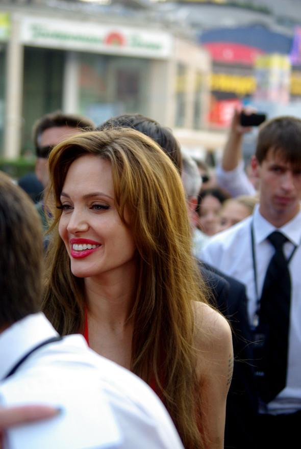 Анджелина нагревает Москву. Изображение № 11.