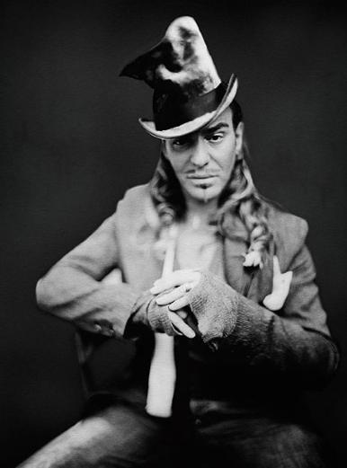 Джон Гальяно подает в суд на Christian Dior. Изображение № 1.