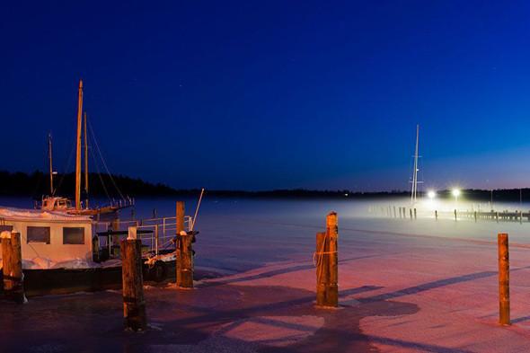 Ночной вид на гавань в Трусе. Изображение № 22.