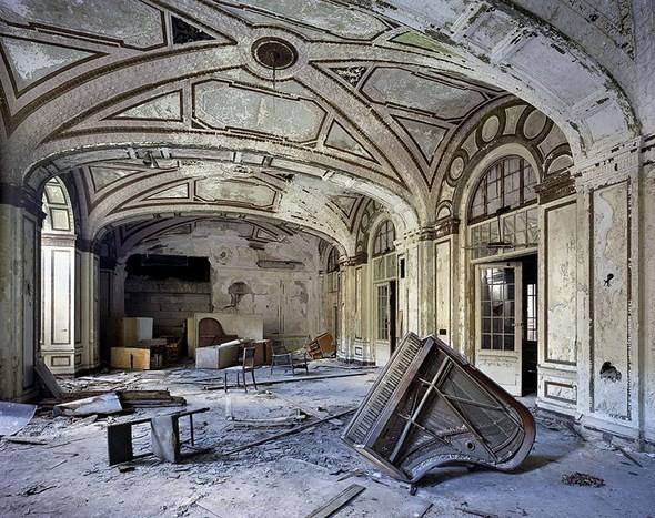 Изображение 14. Руины Детройта в парижской галерее.. Изображение № 14.