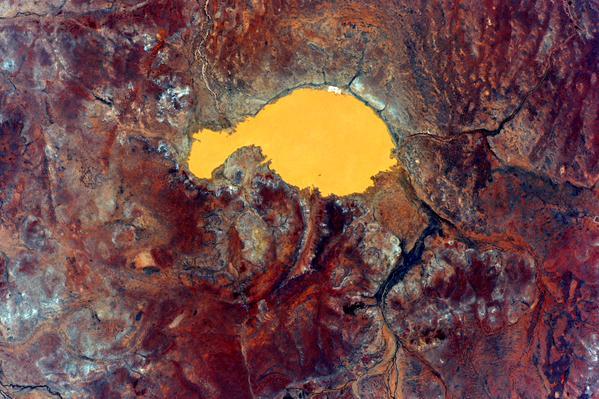 Астронавт выложил абстрактные фотографии Австралии с орбиты. Изображение № 6.