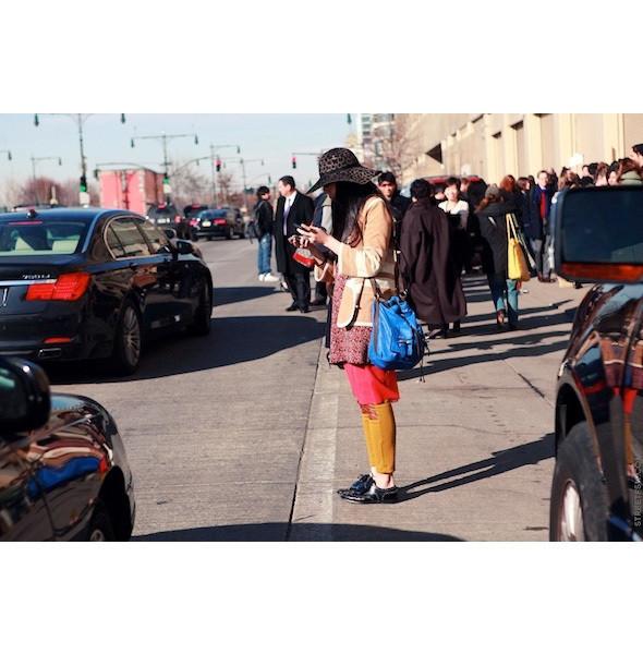 Изображение 38. На полях: 10 тенденций уличного стиля с прошедших недель моды.. Изображение № 38.
