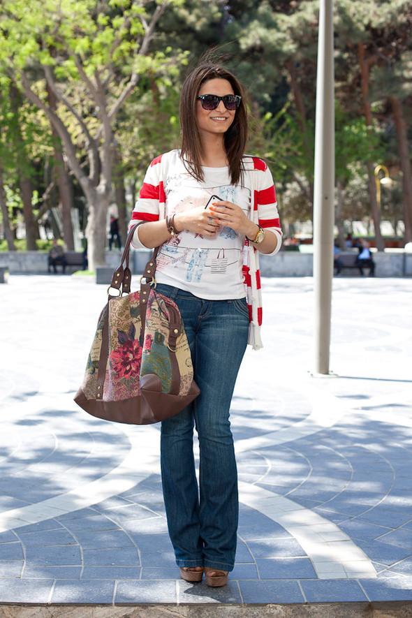 Baku Street Fashion | Spring 2012. Изображение № 12.