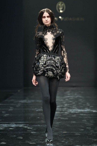 Изображение 8. Volvo Fashion Week. День 1. Valentin Yudashkin fall-winter 2011/12.. Изображение № 8.