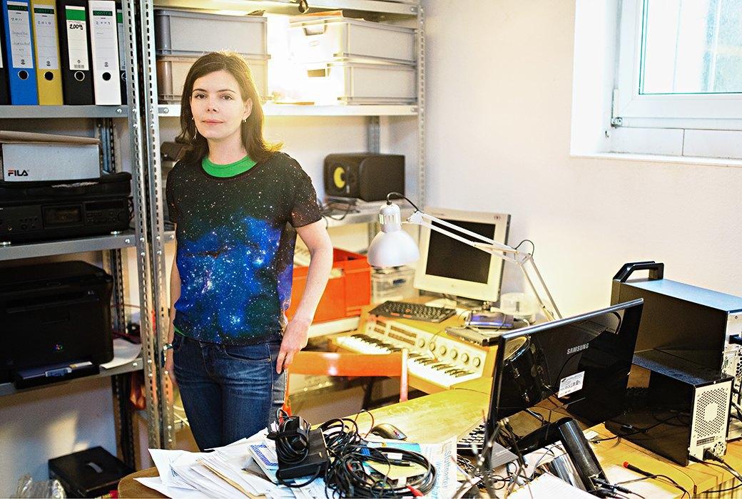Гиф-модель и художник Оля Лялина о ценности странного интернета 1990-х. Изображение № 8.