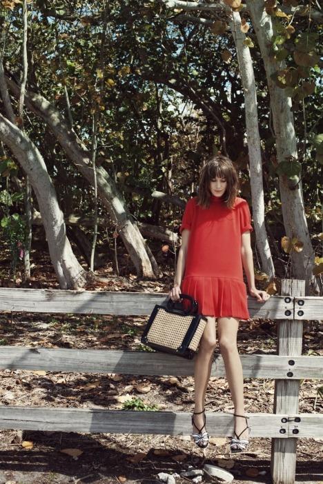 Лукбуки: H&M, Zara, Urban Outfitters и другие. Изображение №85.