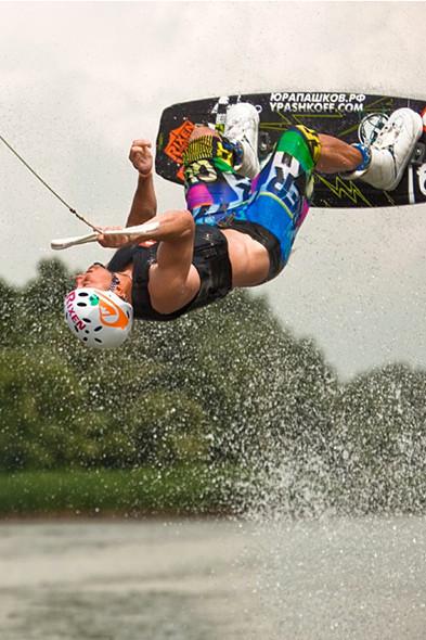 Юра Пашков о вейкбординге: «Просто купаешься, только быстро». Изображение № 6.
