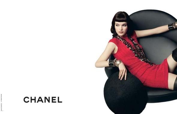 Рекламная кампания Chanel Pre–Fall. Изображение № 5.