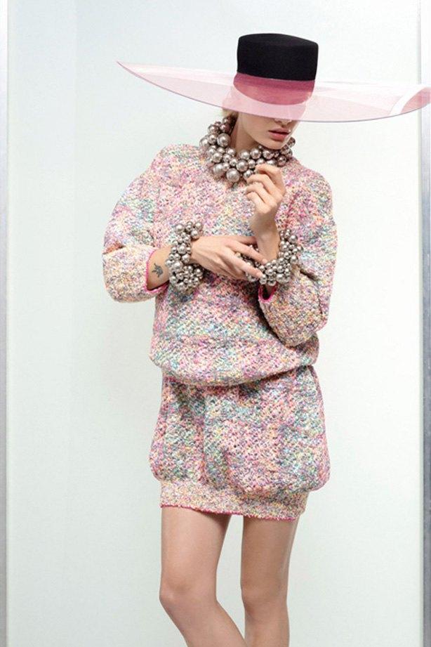 Показаны новые лукбуки Balenciaga, Chanel и Zac Posen. Изображение № 7.