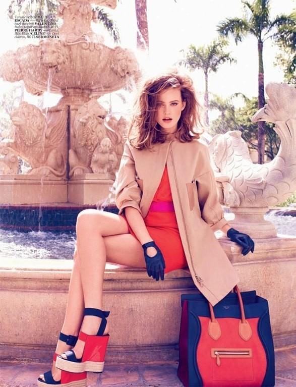 Behati Prinsloo для Vogue Turkey. Изображение №4.