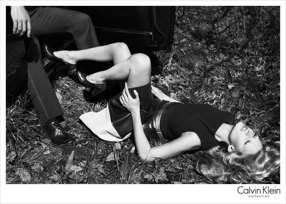 Рекламные кампании Calvin Klein Осень-Зима 2012. Изображение № 7.