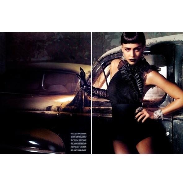 Изображение 22. Съемки: Harper's Bazaar, Marie Claire, Vogue и W.. Изображение № 22.
