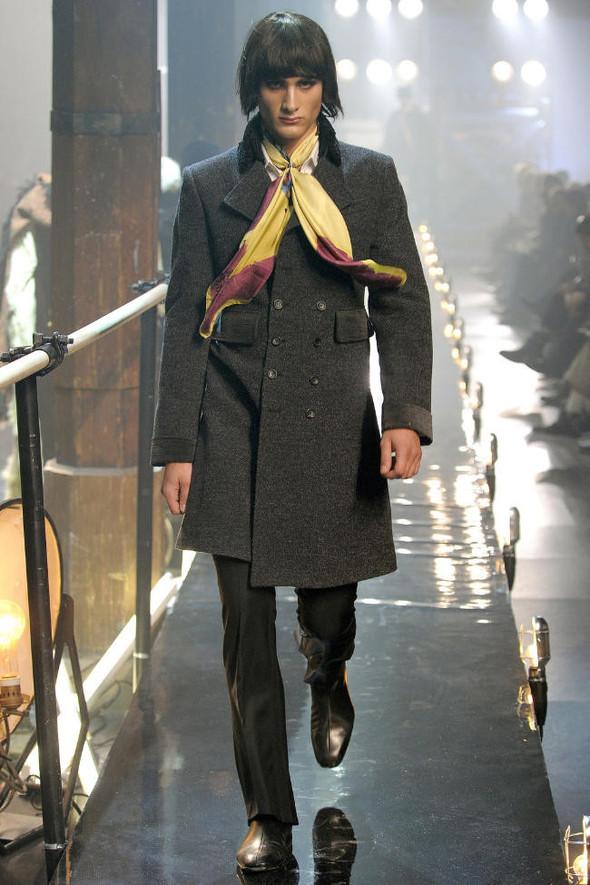 Джон Гальяно/ Осень-зима 2011/ Неделя моды в Париже. Изображение № 11.
