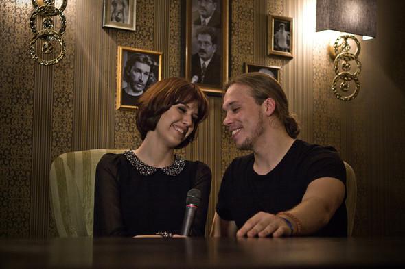 Презентация клипа группы Т9 «На расстоянии любви» в «Руки Вверх bar. Изображение № 10.