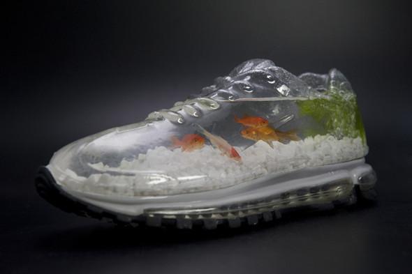 Nike Air Abuku: кроссовки-аквариум. Изображение № 3.