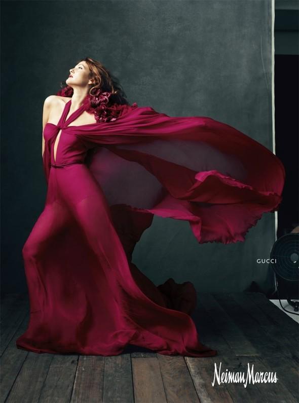 Кампания: Дрю Бэрримор для Neiman Marcus 2011. Изображение № 7.