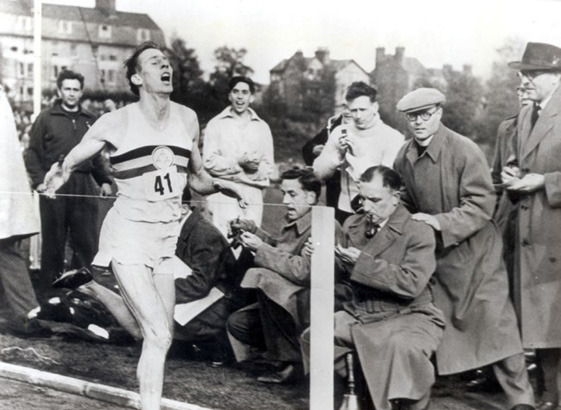 Поймать момент: 20 побед и поражений в истории спорта в фотографиях. Изображение № 3.