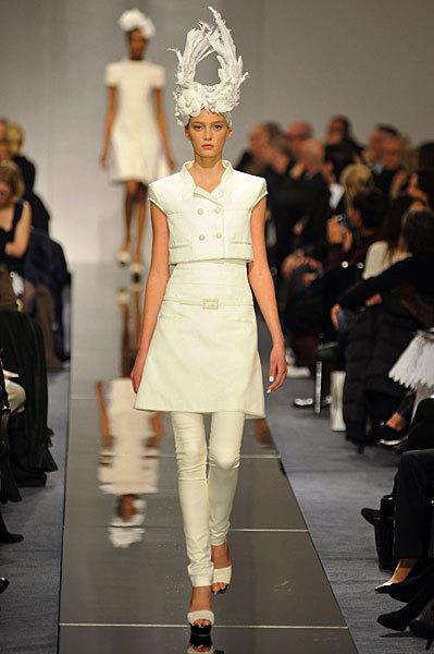 Chanel Spring 2009 Haute Couture. Изображение № 53.