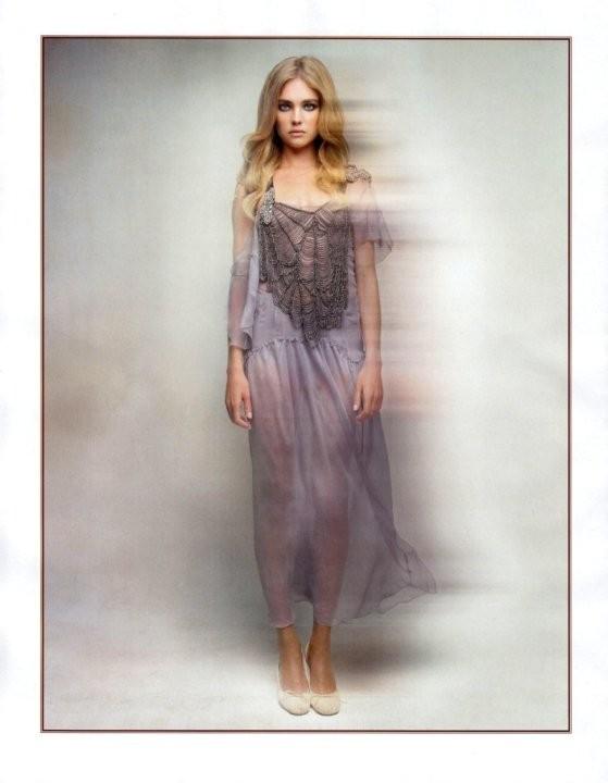Vogue May 2010 ( Paris, US, China). Изображение № 18.