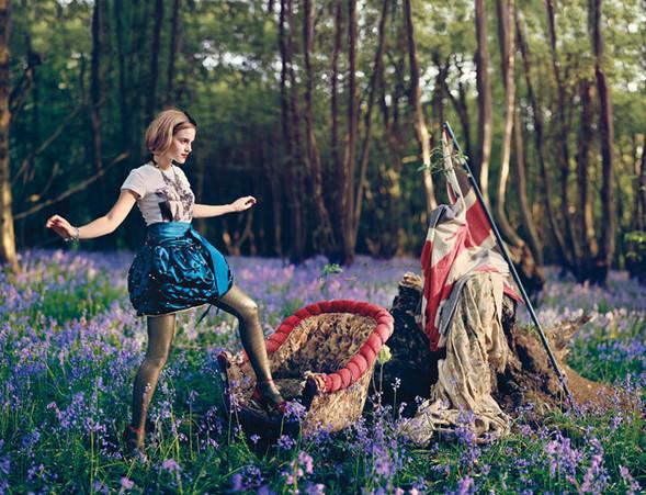 Emma Watson дляTeen Vogue August 2009. Изображение № 7.