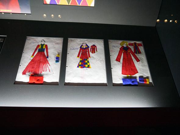 Выставка: «Пальто! Max Mara, 60 лет итальянской моды». Изображение № 12.