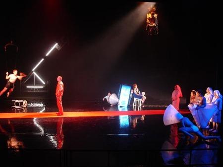 Collaborators Театр начинается свешалки. Изображение № 4.