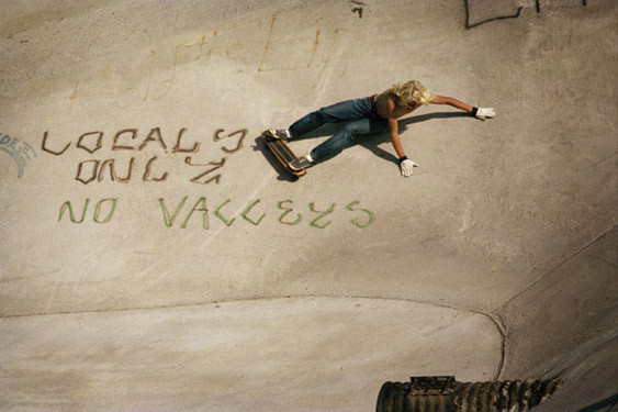 Hugh Holland. Скейтборд-хроники 70-х. Изображение № 9.