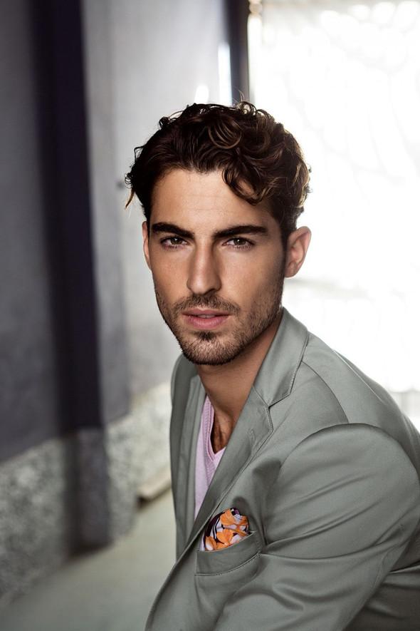 Мужские лукбуки: Rad Hourani, Versace и другие. Изображение № 31.