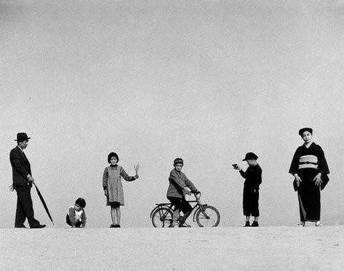 Еще восемь фотографов сюрреалистов. Изображение № 87.