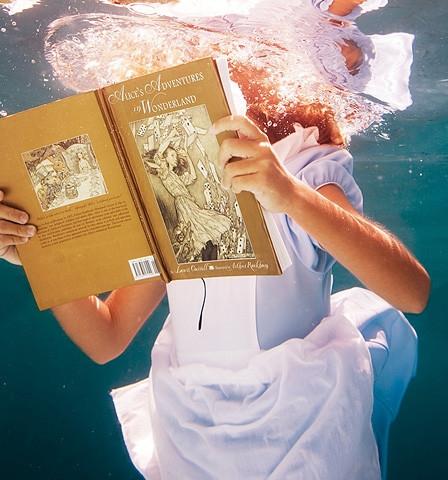 Елена Келис: Alice in WaterLand. Изображение № 5.